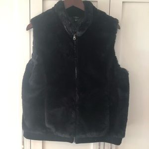 Talbots Faux Fur Vest Black w/Zipper